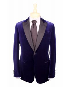 Giorgio Armani dinner jacket and tie: Eton dress shirt